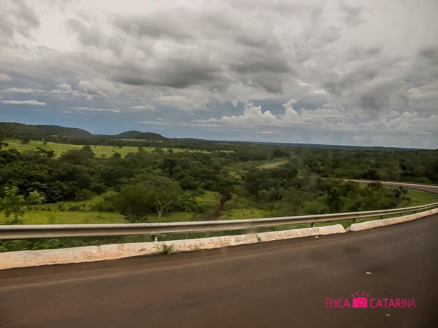 Estrada de Campo Grande para Bonito