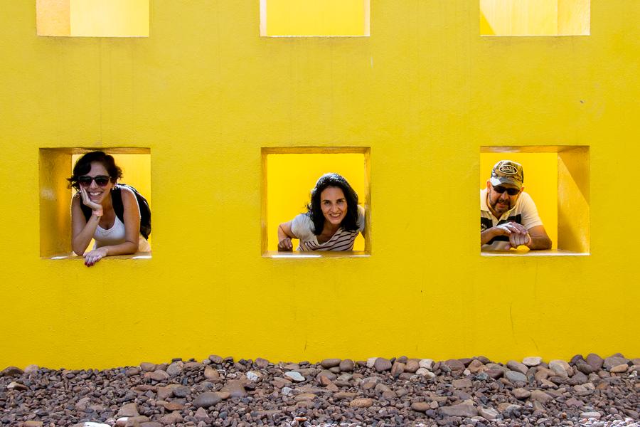 """Obra: """"Invenção da cor, Penetrável Magic Square #5 - Artista: Hélio Oitica Fotografia: Roberto Tragheta"""